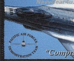 画像2: PACIFIC AIR FORCES F-16 DEMONSTRATION TEAM PACAF 2019ツアー記念パッチ(ベルクロ有無)