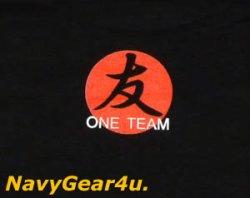 """画像4: 東北応援""""We Support TOHOKU""""ONE TEAM T-シャツ(ブラック)"""